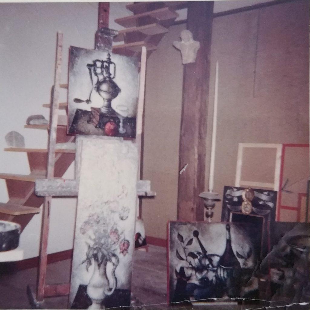 1962-28 le moulin à café 10F, le bouquet de tulipes roses HF20, nature morte provencale 15F