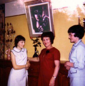 Eminet bernard,sa maman(fille Gondy) et 2 soeurs